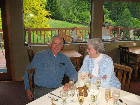Mountain Home Lodge Restaurant : 50th wedding anniversary celebration