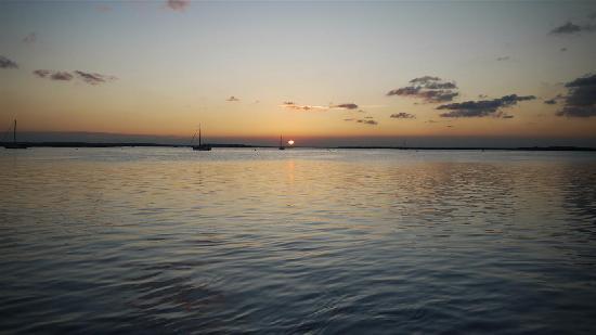 Little Talbot Island State Park: Sunset from marina in Fernandina Beach