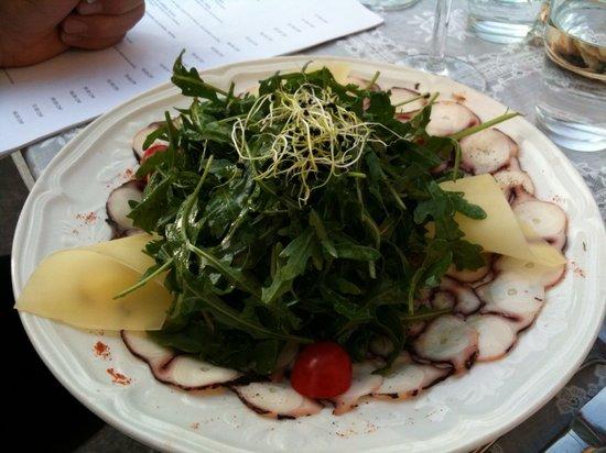 Brasserie des Halles de L'Ile: squid tartare
