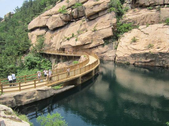Beijiushui River Laoshan: Resevoir