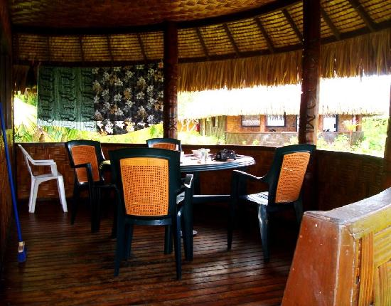 Moorea Fare Miti: Spacious terrace