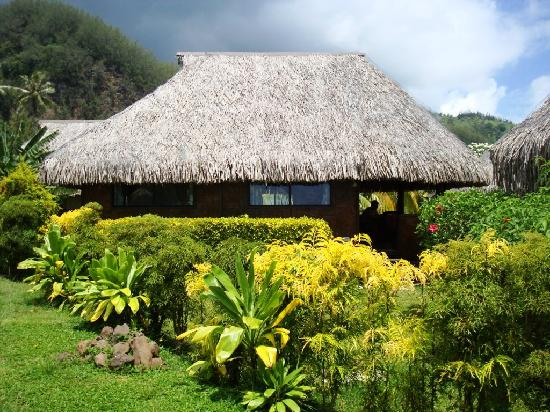 Moorea Fare Miti: Big enough