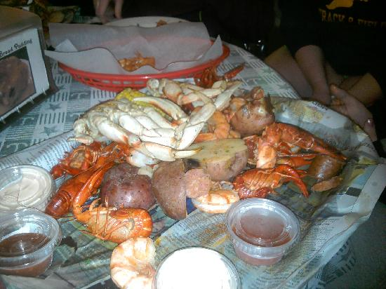 Taste Of New Orleans : Seafood Boil (after we had ate some already!!)