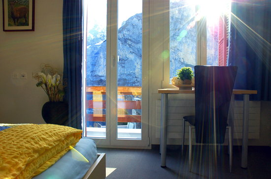 Eiger Guesthouse: Room with a View