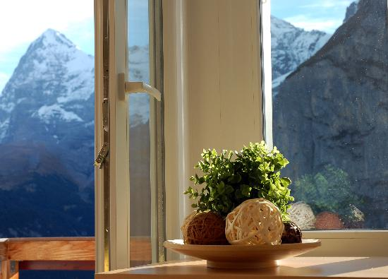 Eiger Guesthouse: another room with a View