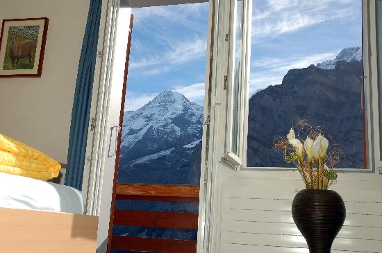 ‪‪Eiger Guesthouse‬: Direct View to the Eiger‬