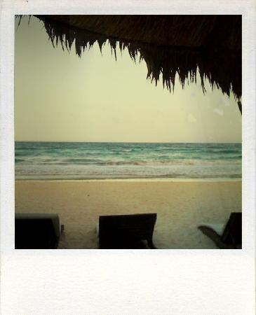 Playa Mambo: sand