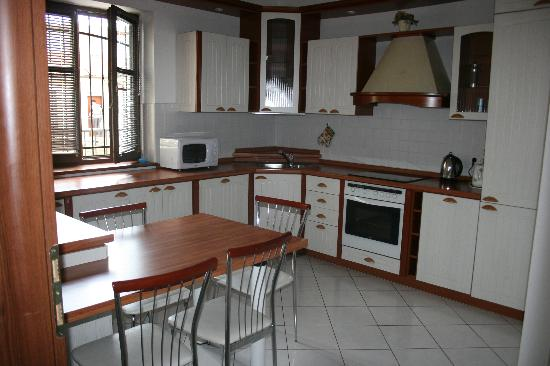 Residence Apartment Hotel Laurinska: kitche