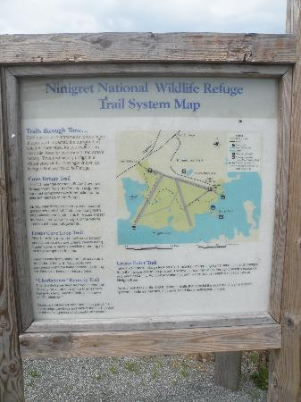 Ninigret National Wildlife Refuge and Kettle Pond Visitors Center: Trail Map