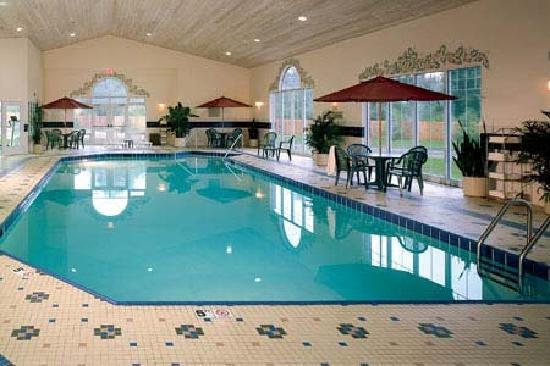 Country Inn & Suites By Carlson, Des Moines West: pool area