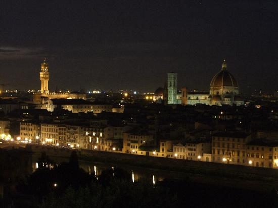 Residence I Colli : The view at night!