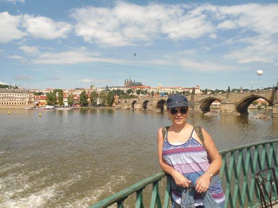 Caruana Tours : Puente de Charles