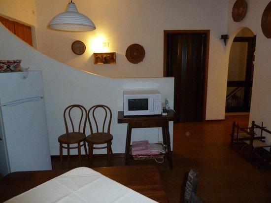 Kühlschrank im Wohnzimmer - Bild von B&B Villa Ines, Teulada ...