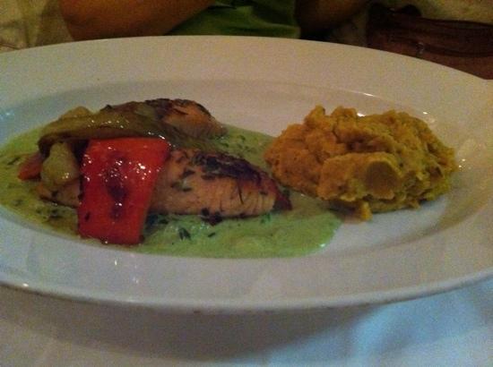 Restaurant Lebenbauer: salmon with mashed yellow dal