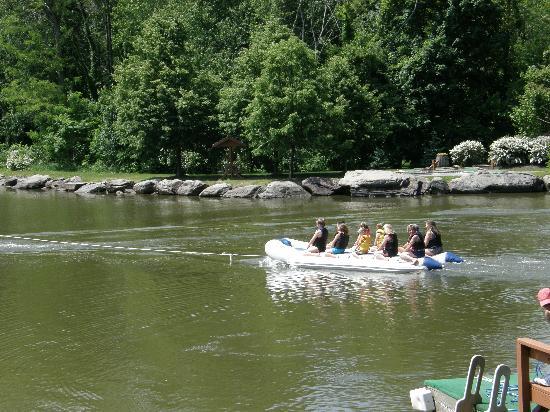 Rocking Horse Ranch Resort: banana boat ride