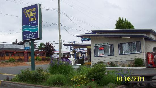 Courtenay, Canada : The gardens are great