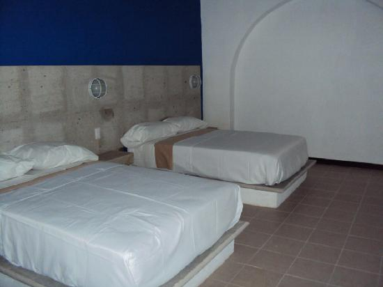 Hotel Suites Dali: Habitacion doble