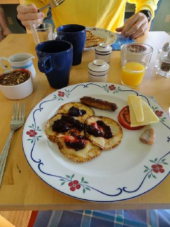 Lingonberry Farm: Tasty Swedish style breakfast