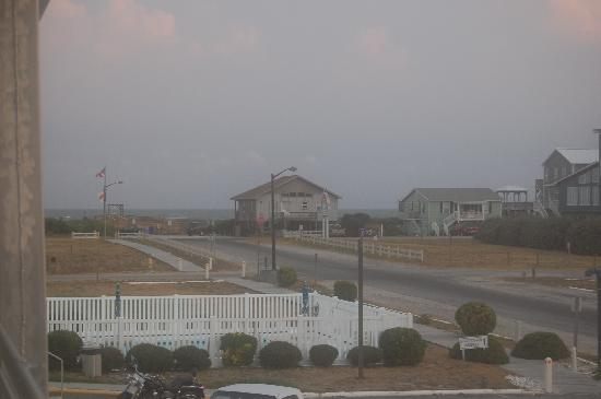 Oak Island, นอร์ทแคโรไลนา: Upstair looking tward the beach