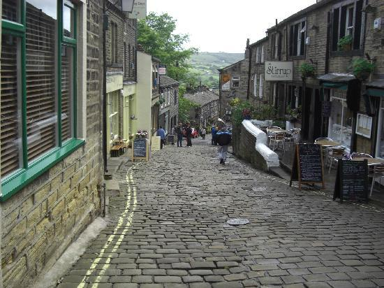 Haworth, UK: Main Street - Looking down