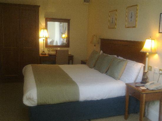 Headfort Arms Hotel: Bedroom