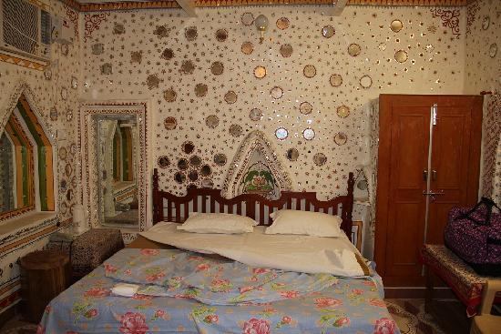 Jhunjhunu, India: room 202