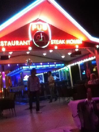 Ercanhan Hotel: hotel bar