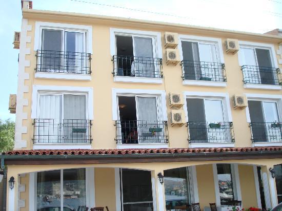 Foca Yali Hotel : Kalyon in Foca