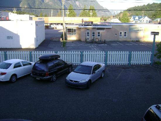 Windsor Motel: View from room 204