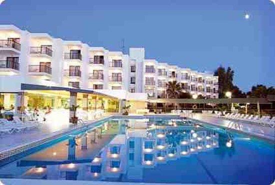 Nereida Aparthotel: hotel