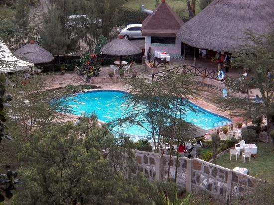 Naivasha pictures traveller photos of naivasha rift for Swimming pool area