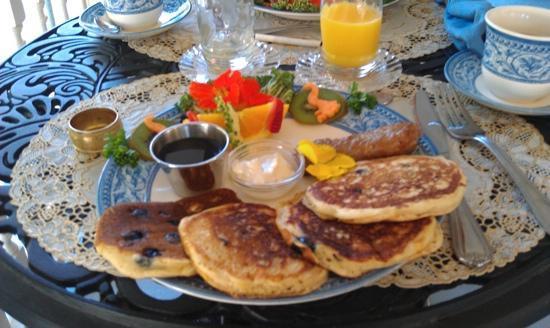 Humphrey Hughes House: breakfast