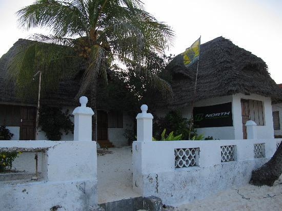 Red Monkey Beach Lodge: ...from the beach