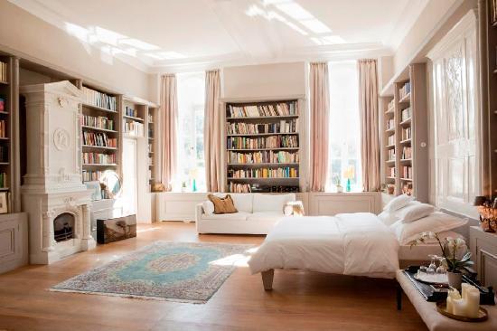 "Schlosshotel Gartrop: Luxuriöse Suite ""Alte Bibliothek"""