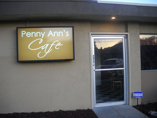 Penny Ann's Cafe: Front