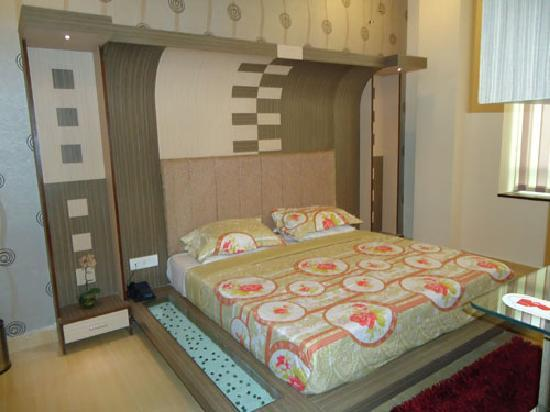 Hotel Border Land: Hotel Room