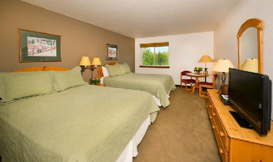 Inn and Suites at Riverwalk: Standard 2 Queen Room