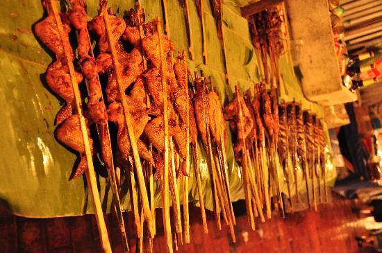 Luang Prabang Night Market: Street food