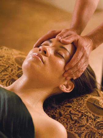Absolute Nirvana Spa & Gardens: Treat yourself to a hydrating and anti-aging facial