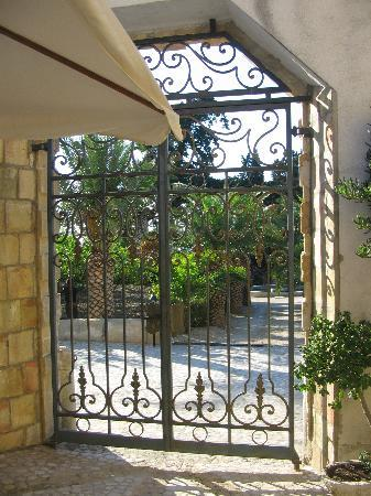 Villa Pilati: L'ingresso