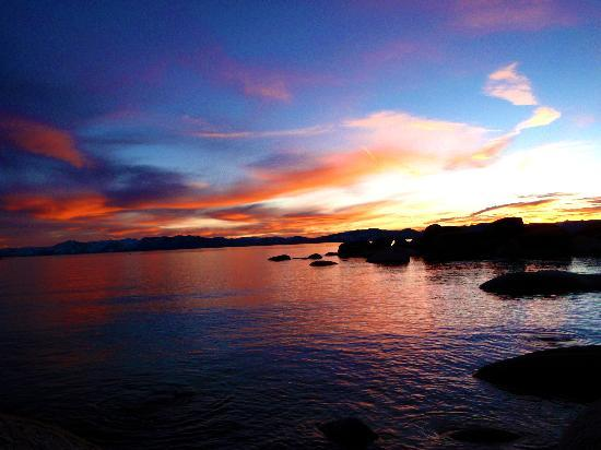 Cedar Glen Lodge: Beautiful Tahoe sunset