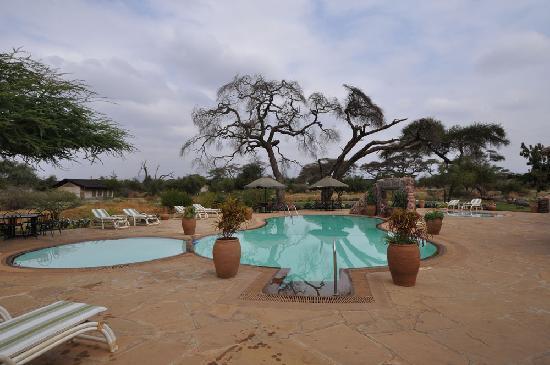 Sentrim Amboseli: Pool