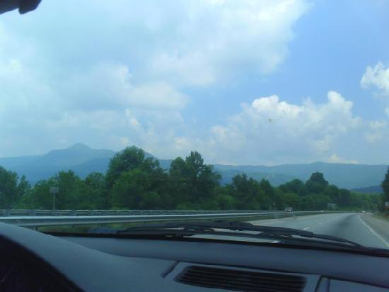 Holiday Inn-Asheville Biltmore West: On the way there I-40 East
