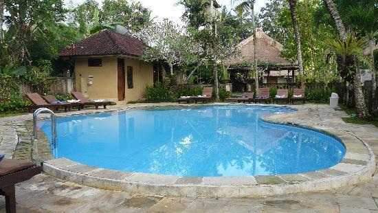 Saren Indah Hotel: Piscina