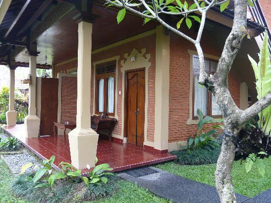 Saren Indah Hotel: Entrada