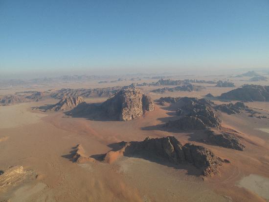 Al Zawaideh Desert Camp at Wadi Rum: View from air baloon