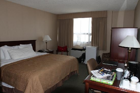 Northern Grand Hotel: The bedroom