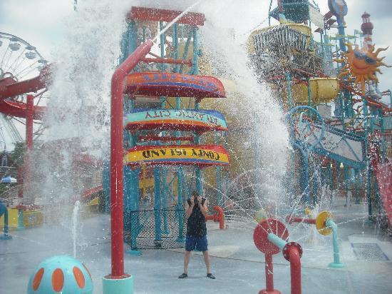 Hersheypark : kids water park