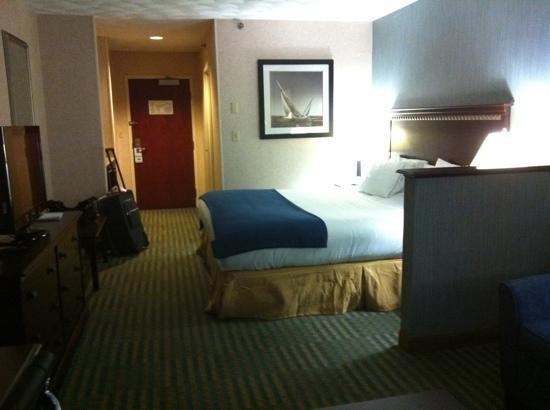 Holiday Inn Express and Suites Smithfield - Providence: room