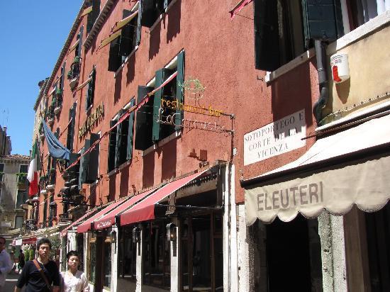 Hotel Saturnia Venice Reviews